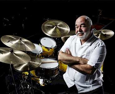 "Peter Erskine & the Dr. UM Band ""On Call"""